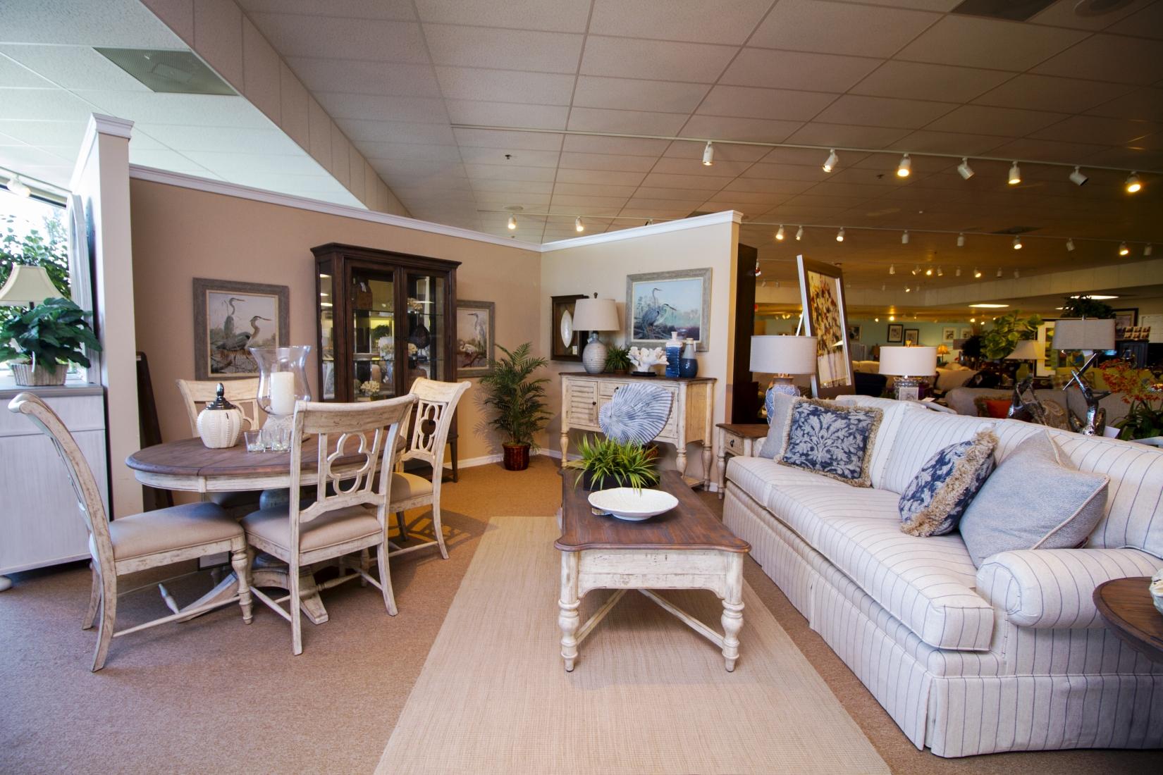 White S Furniture Summerfield Fl